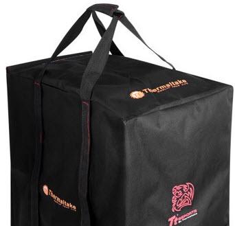 ... mm (magas – széles – hosszú) A táska súlya  0.85 kg. Terhelhetősége  100  kg. Világosítsuk ki egy kicsit 81fffa9ffe